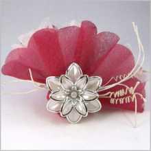 Dragées-bonbonnière fleur - anneau de serviette
