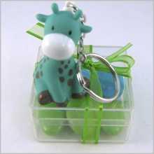 Dragées-porte-clés girafe sur boite
